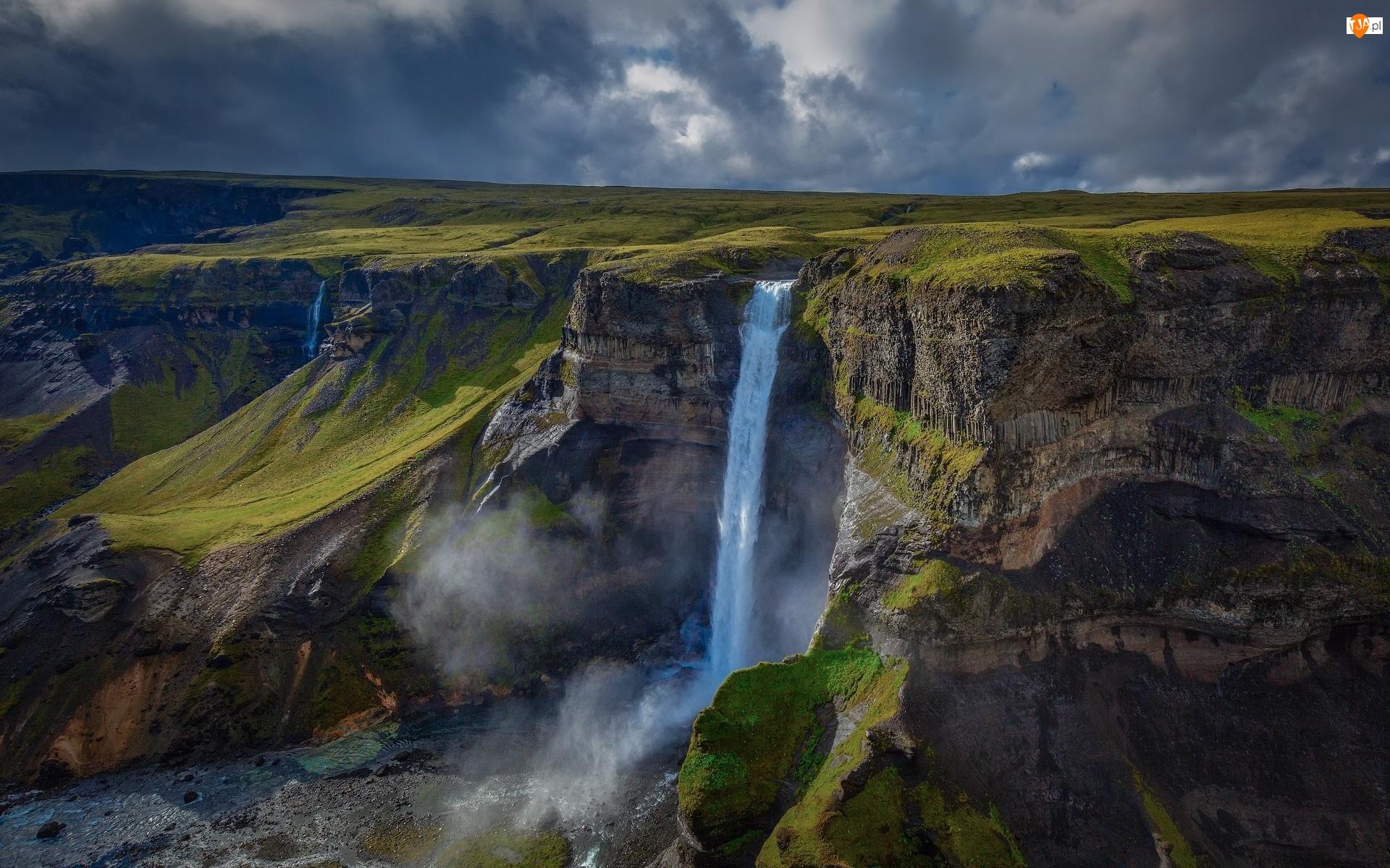 Islandia, Wodospad Haifoss, Skały