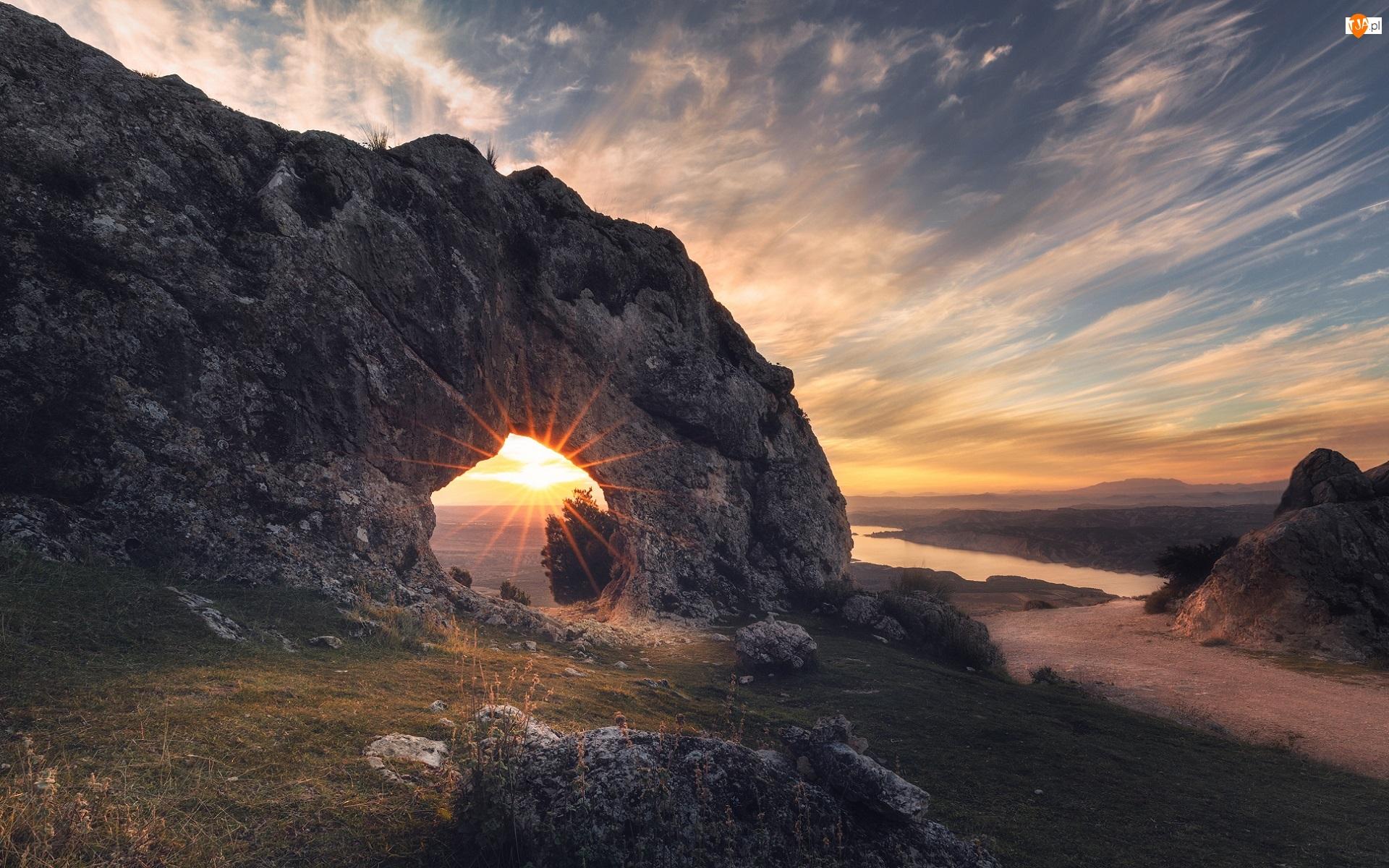 Ojo De La Heredad, Zachód słońca, Rzeka, Grenada, Skała, Taras widokowy, Hiszpania, Łuk skalny