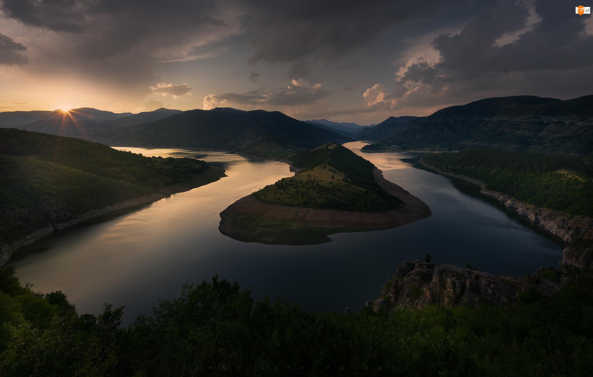 Bułgaria, Rzeka Arda, Meander, Zachód słońca, Zakole, Góry Rodopy
