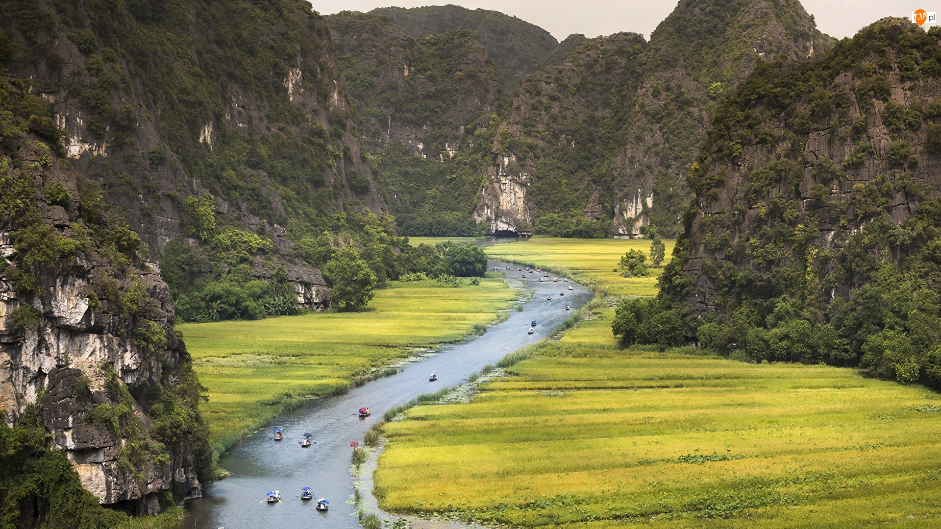 Prowincja Ninh Binh, Rzeka Ngo Dong, Tam Coc Ninh Binh, Wietnam, Atrakcja turystyczna, Góry, Łódki
