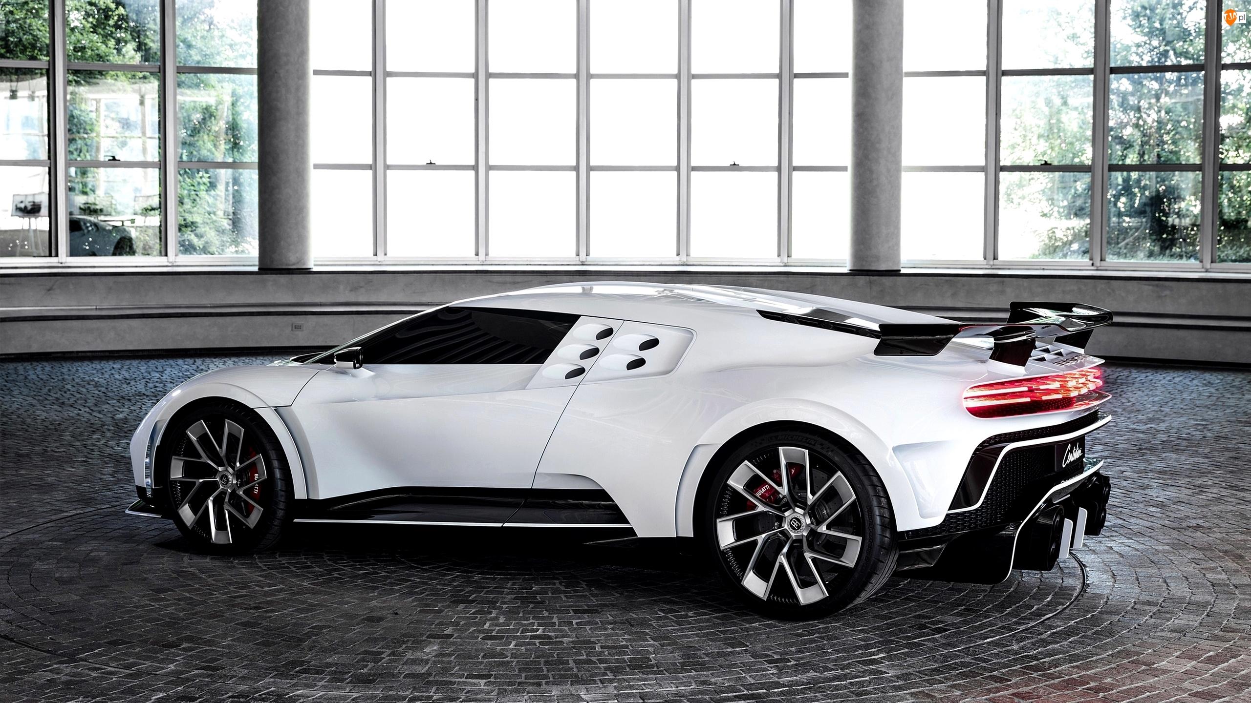 Bok, Białe, Bugatti Centodieci