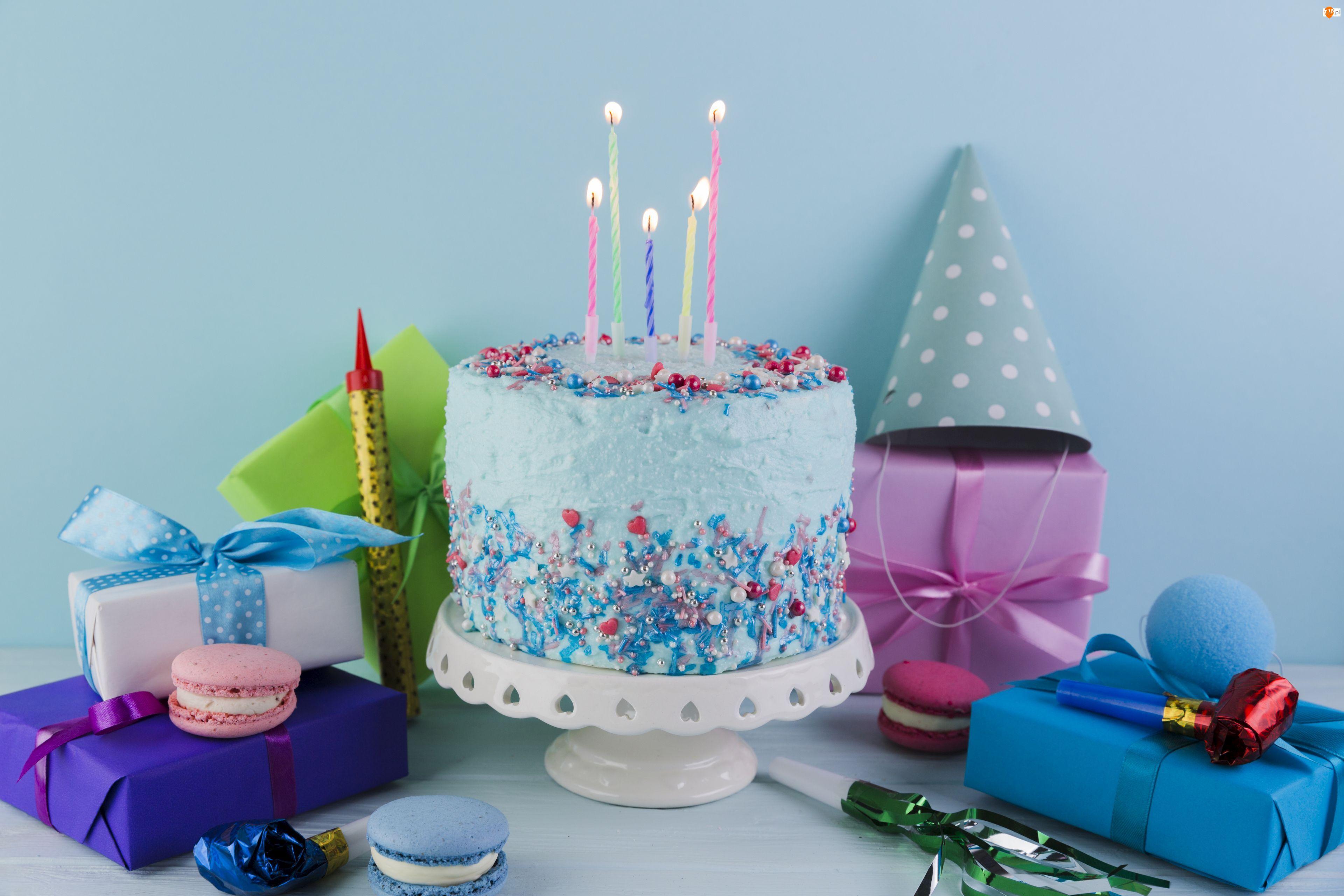 Prezenty, Urodziny, Świeczki, Czapeczki, Tort, Balony