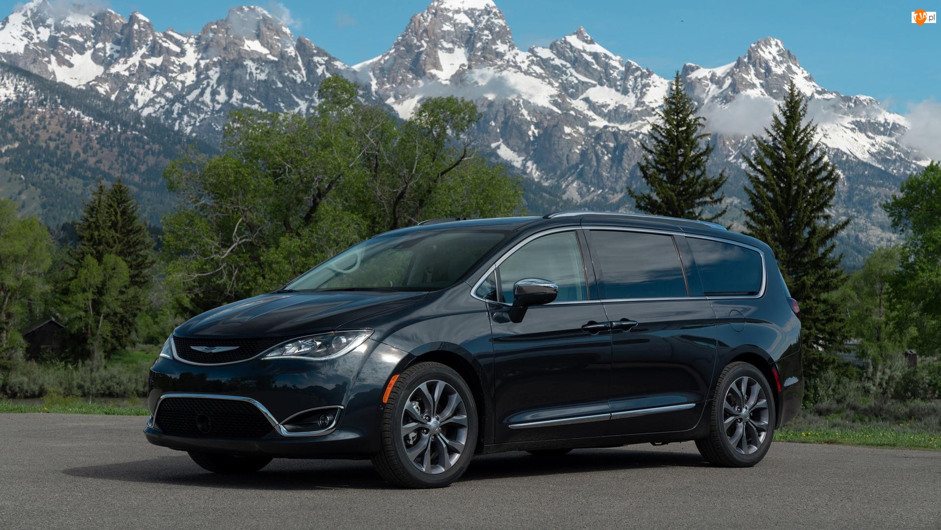 Chrysler Pacifica II