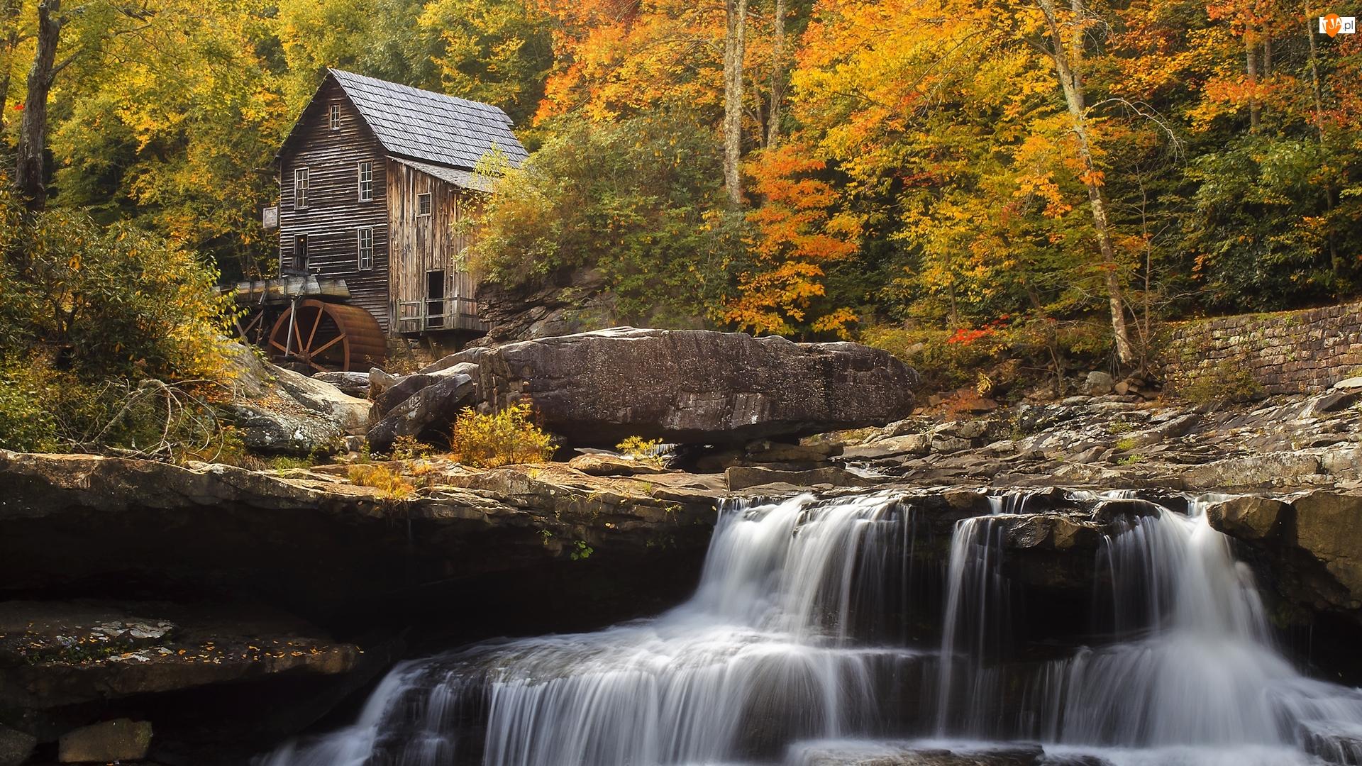 Stany Zjednoczone, Glade Creek Grist Mill, Wirginia Zachodnia, Skała, Park Babcock State, Most, Jesień, Młyn, Rzeka New River Gorge