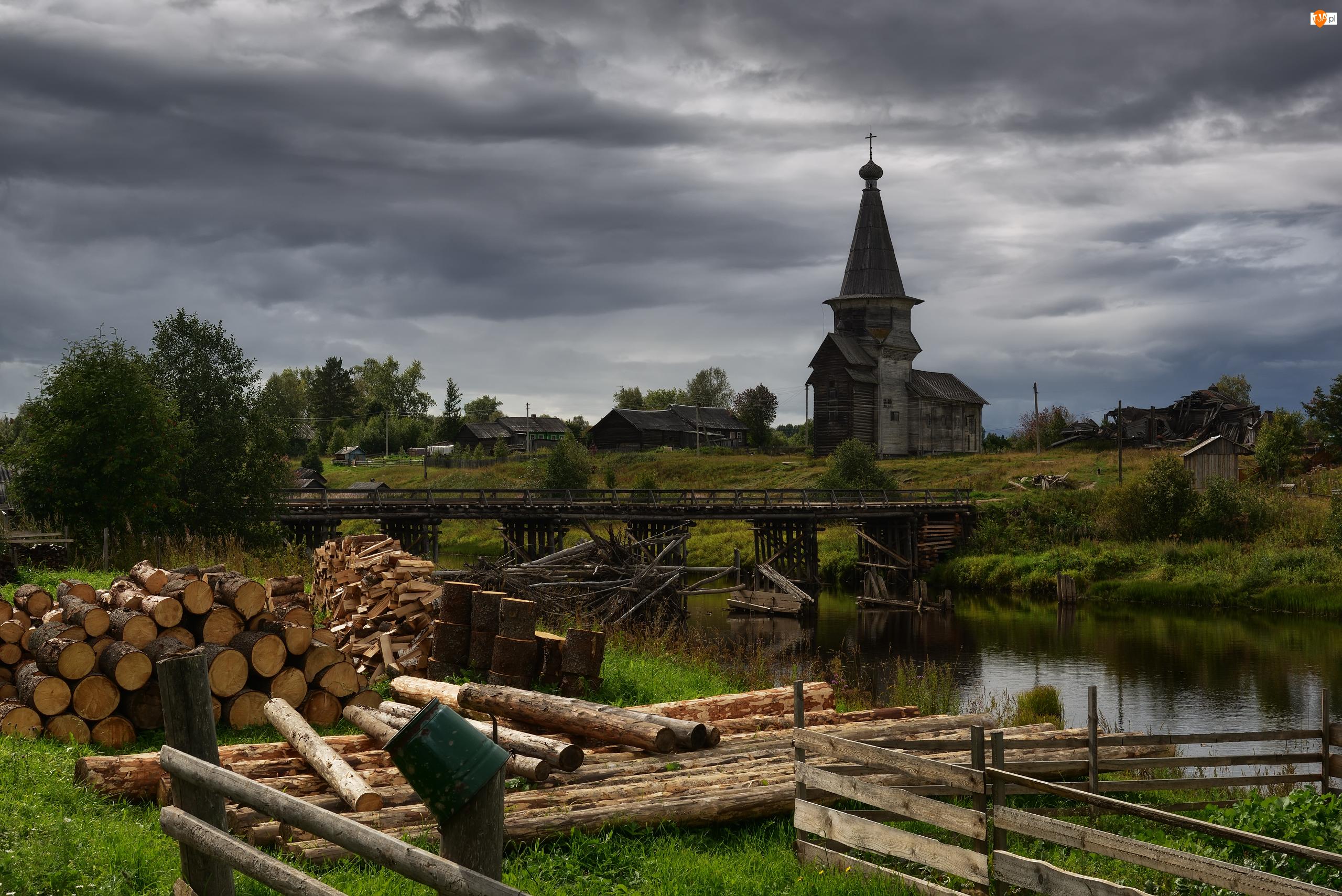 Rzeka, Cerkiew, Kłody, Domy, Most, Drewna