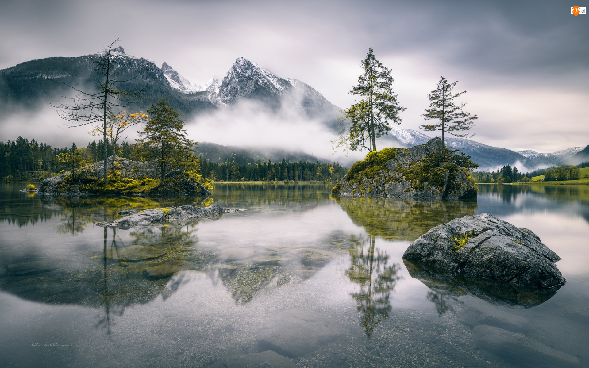 Wysepki, Góry Alpy, Drzewa, Bawaria, Mgła, Skały, Niemcy, Jezioro Hintersee