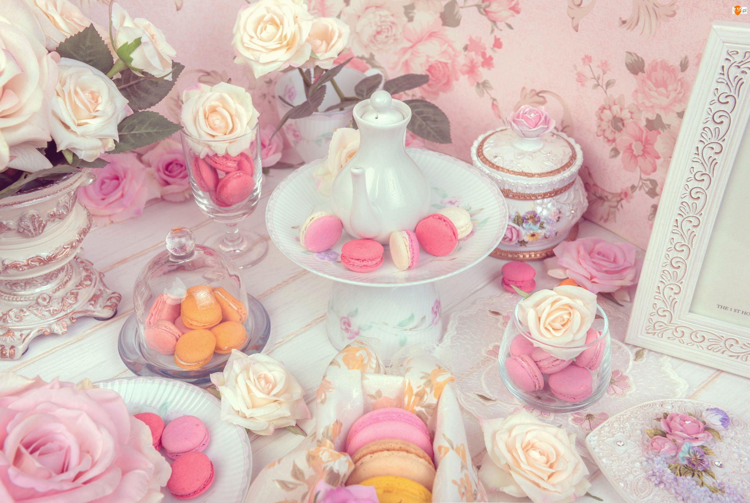 Wazon, Ciasteczka, Cukiernica, Kwiaty, Makaroniki, Ramka, Róże, Pucharki