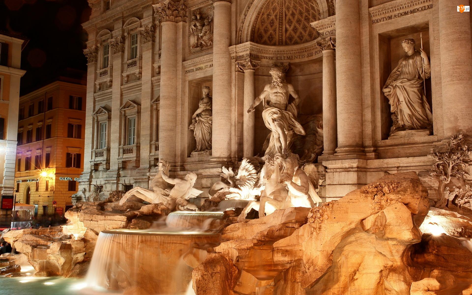 Włochy, Fontanna di Trevi, Posągi, Rzym