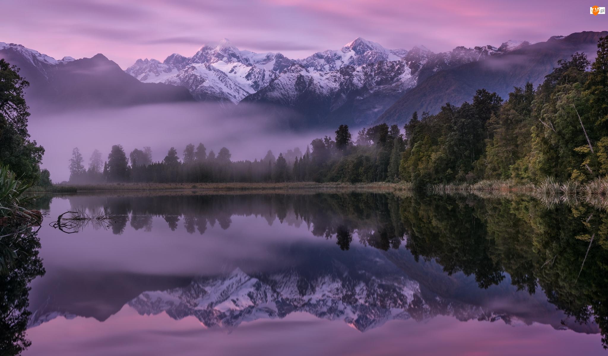 Jezioro Matheson, Wschód słońca, Drzewa, Góra Cooka, Góry, Mgła, Nowa Zelandia, Odbicie
