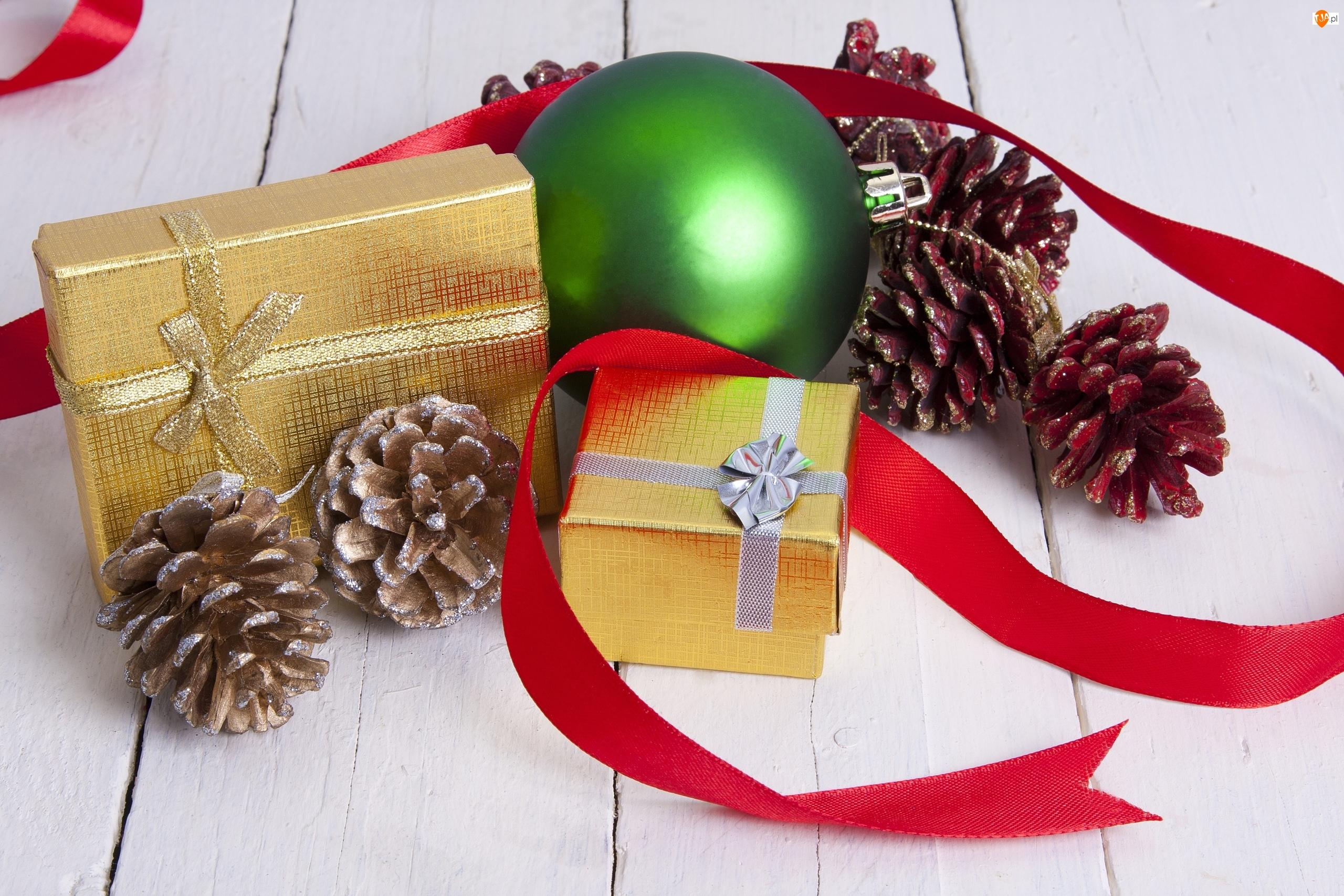 Szyszki, Boże Narodzenie, Bombka, Prezenty, Dekoracja