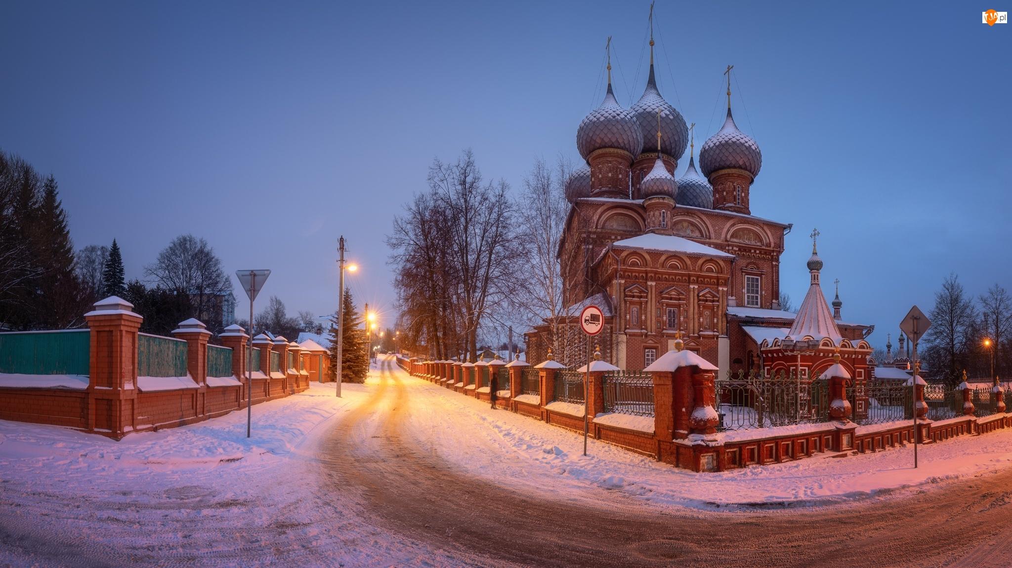 Rosja, Latarnie, Miejscowość, Ogrodzenie, Zmartwychwstania Pańskiego, Cerkiew, Śnieg, Zima, Droga, Kostroma