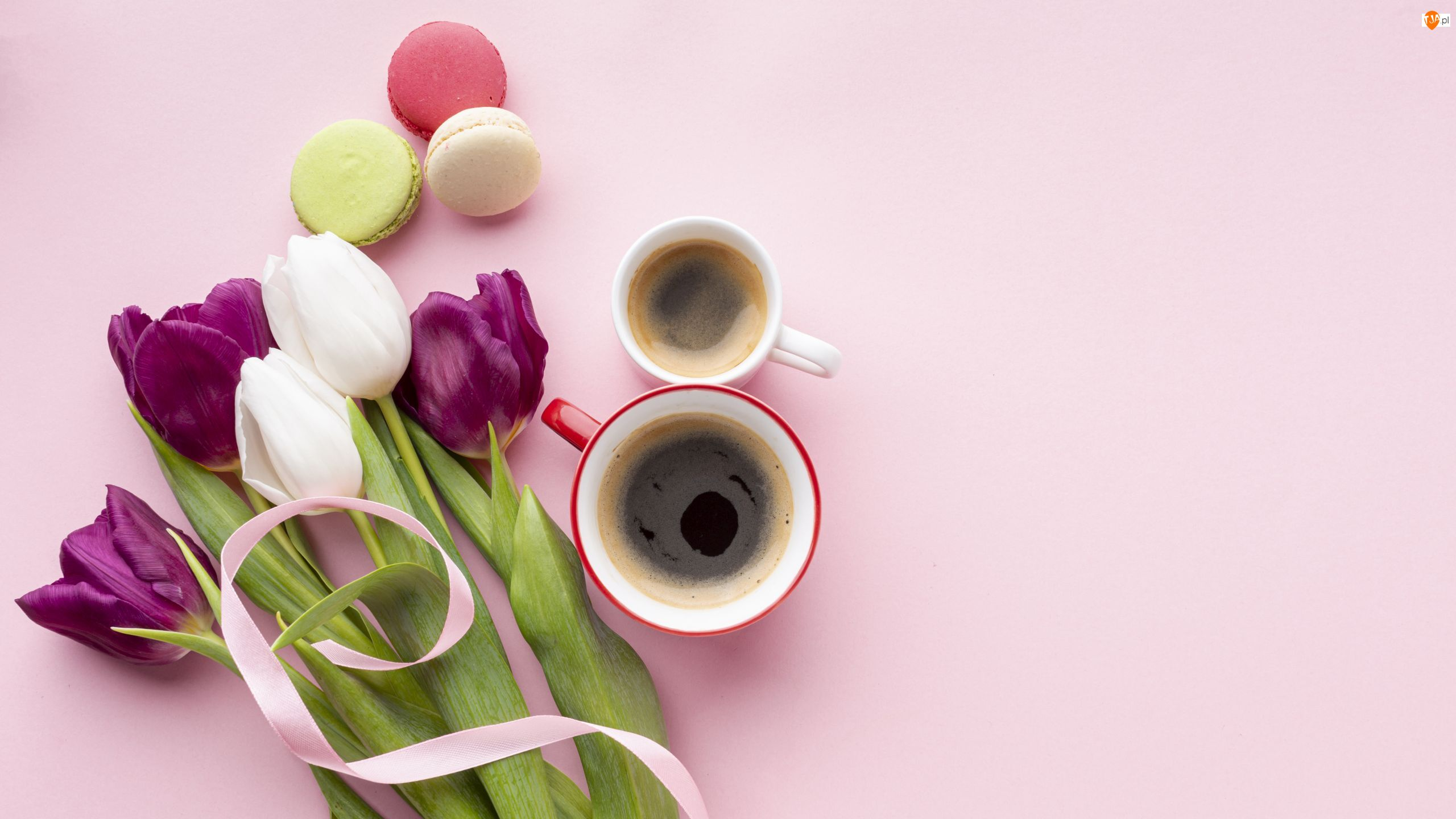 Tulipany, Kwiaty, Kawa, Makaroniki, Kubki, Ciasteczka