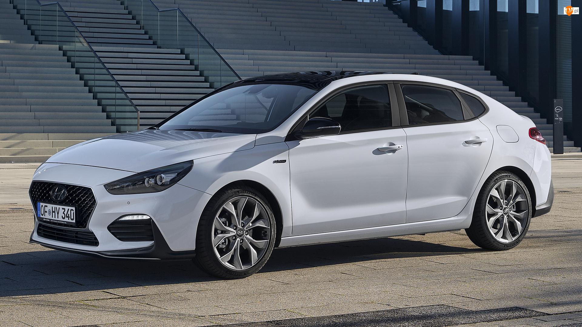 Bok, Biały, Hyundai i30