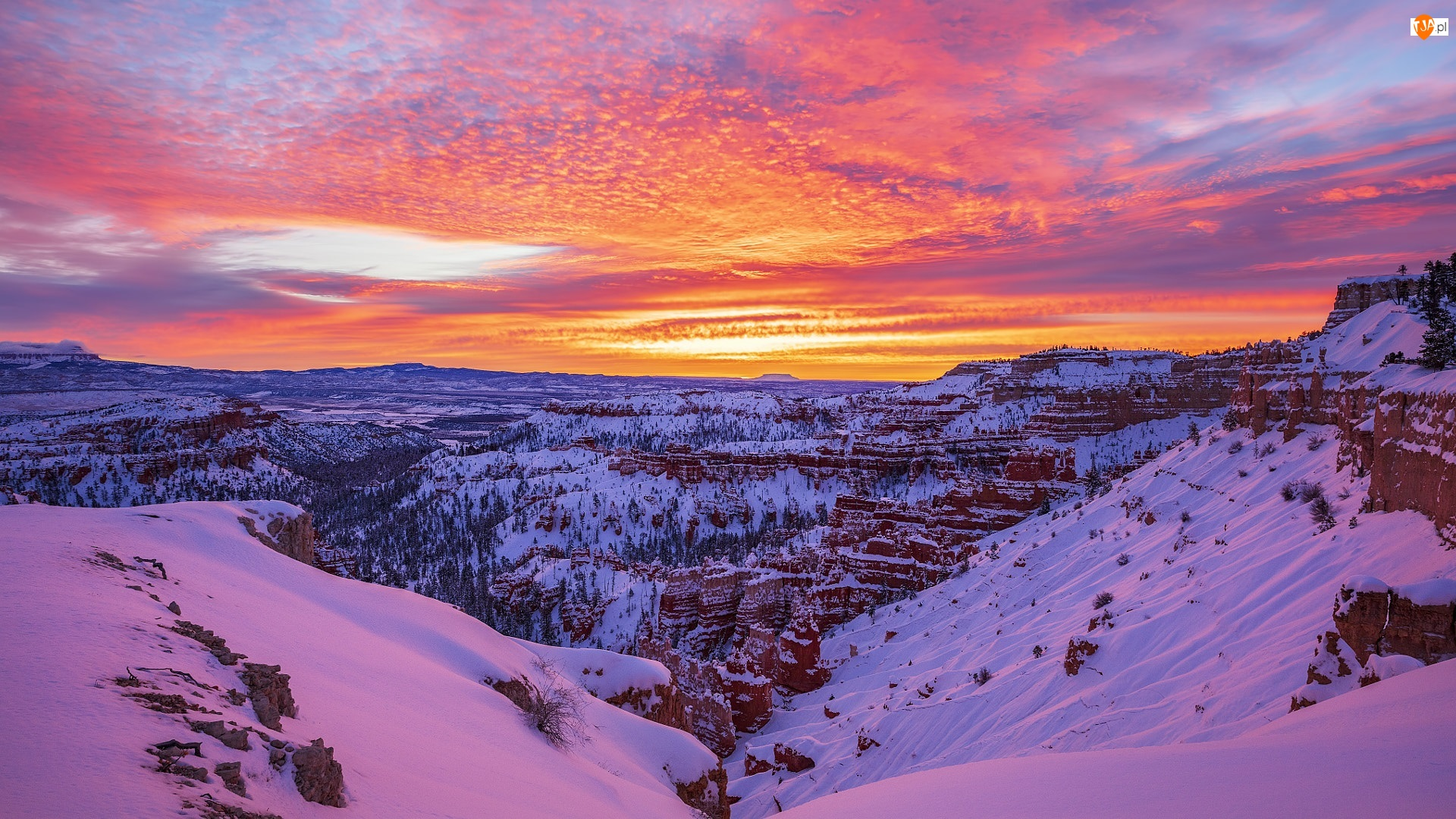 Stan Utah, Park Narodowy Bryce Canyon, Chmury, Stany Zjednoczone, Zachód słońca, Zima, Skały