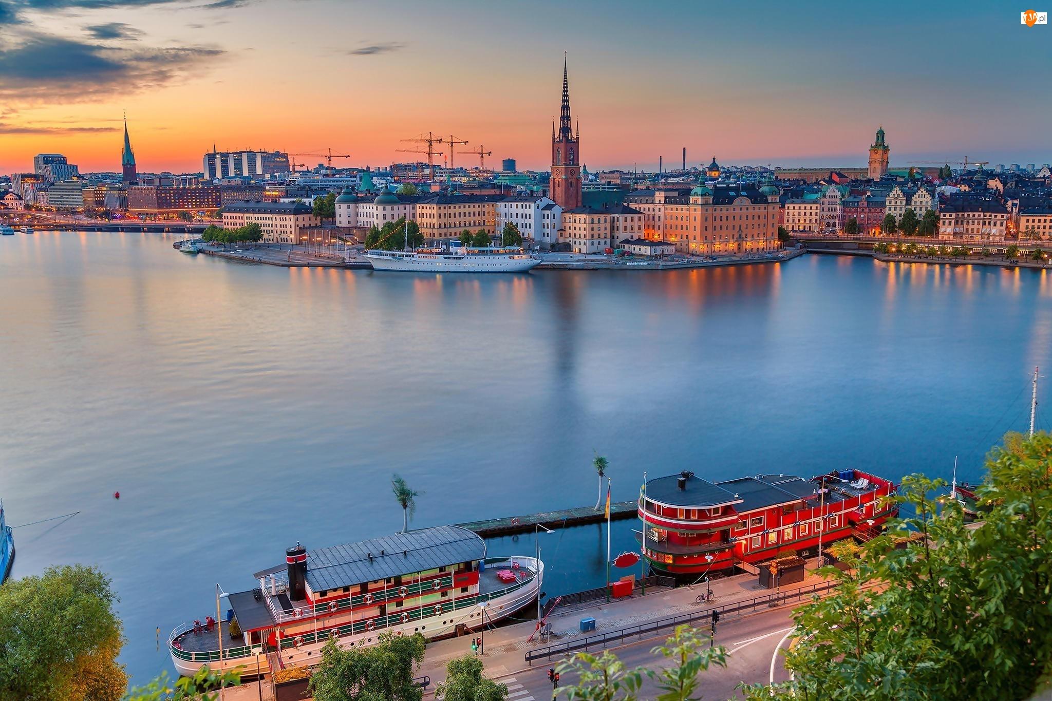 Sztokholm, Szwecja, Budynki, Statki, Zatoka Riddarfjarden, Kościół