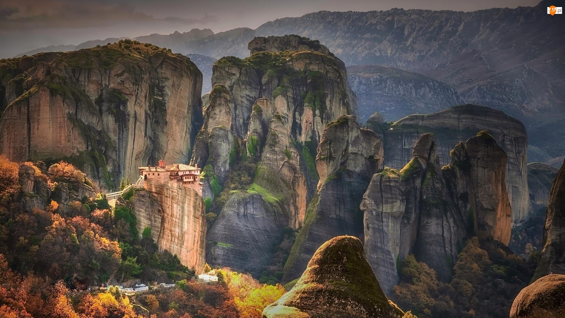 Masyw skalny Meteory, Grecja, Monastyr Varlaam, Góry, Klasztor Warłama, Skały