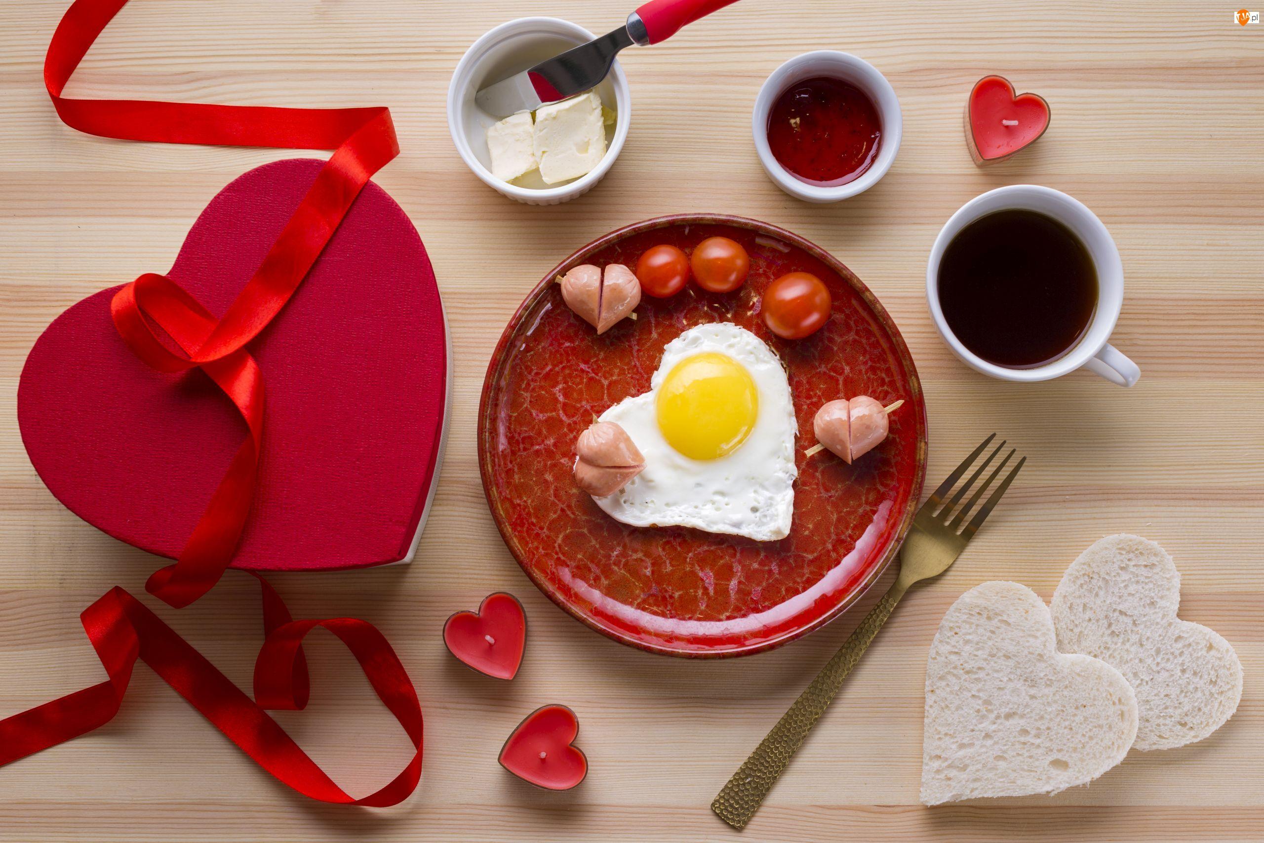 Herbata, Śniadanie, Dżem, Świeczki, Miłość, Prezent, Talerz, Jajko, Masło, Serce, Walentynki, Pomidory, Chleb