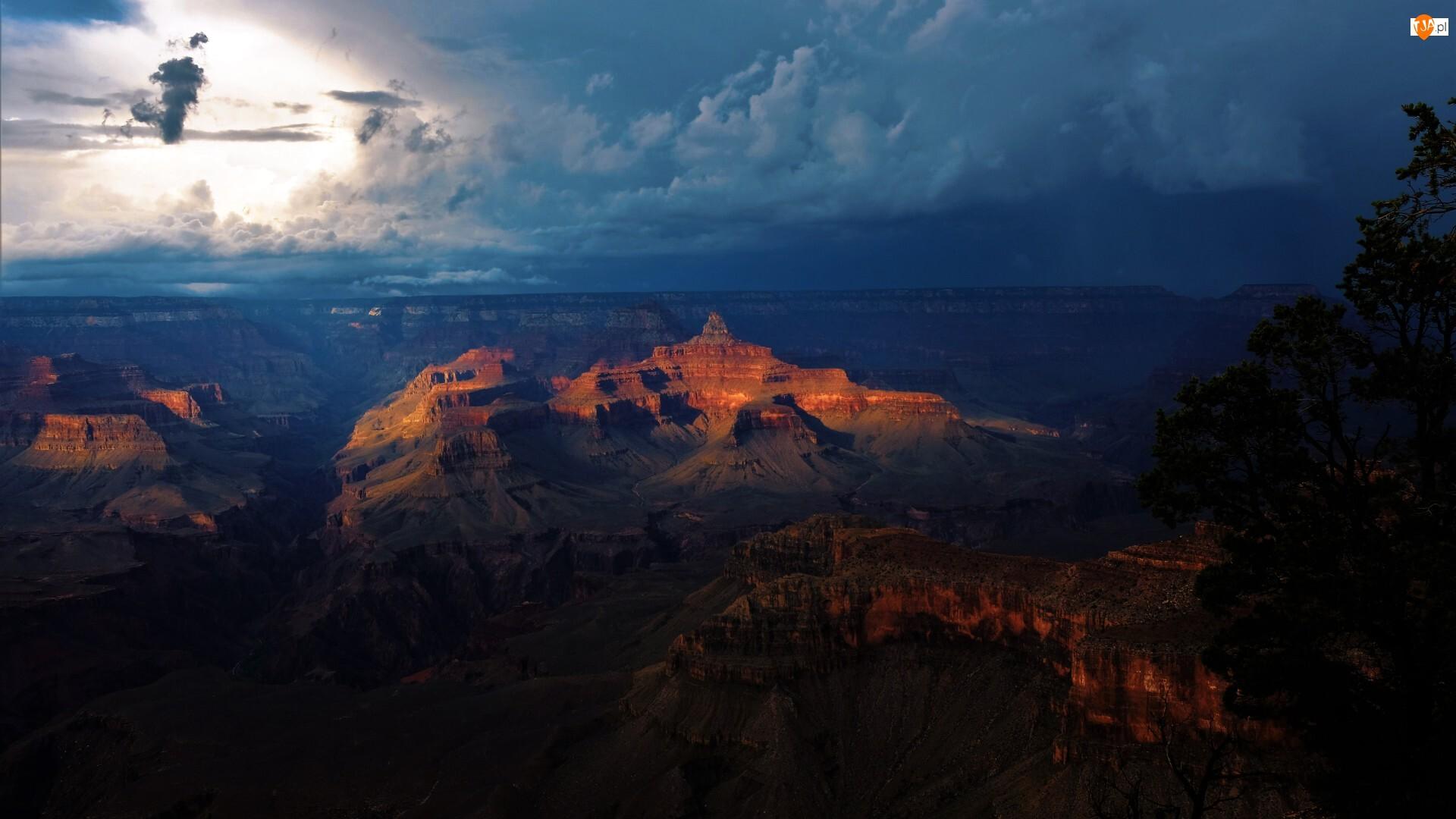 Grand Canyon, Wielki Kanion Kolorado, Stany Zjednoczone, Park Narodowy Wielkiego Kanionu, Arizona, Chmury, Góry