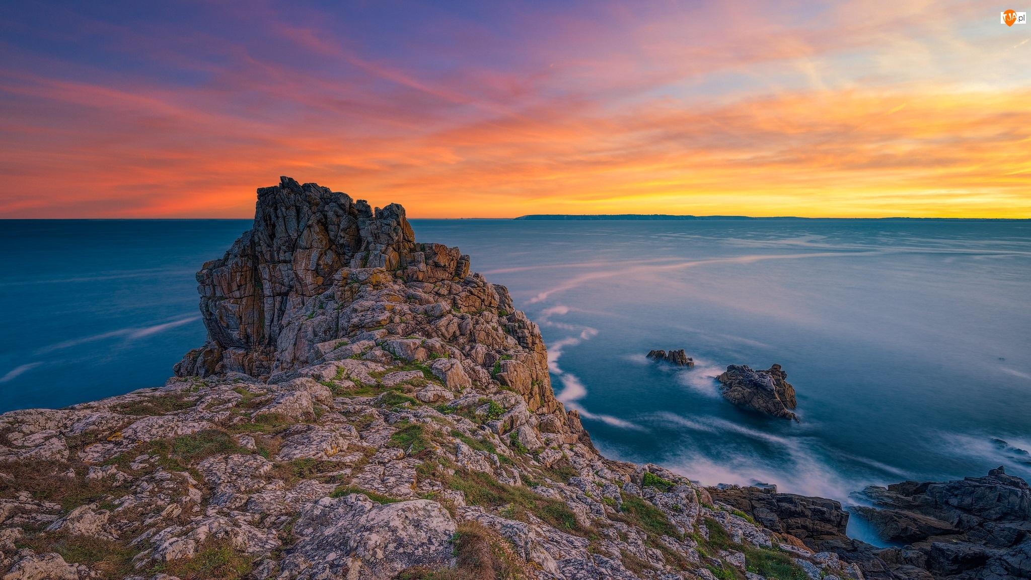 Skały, Francja, Wschód słońca, Morze, Bretania
