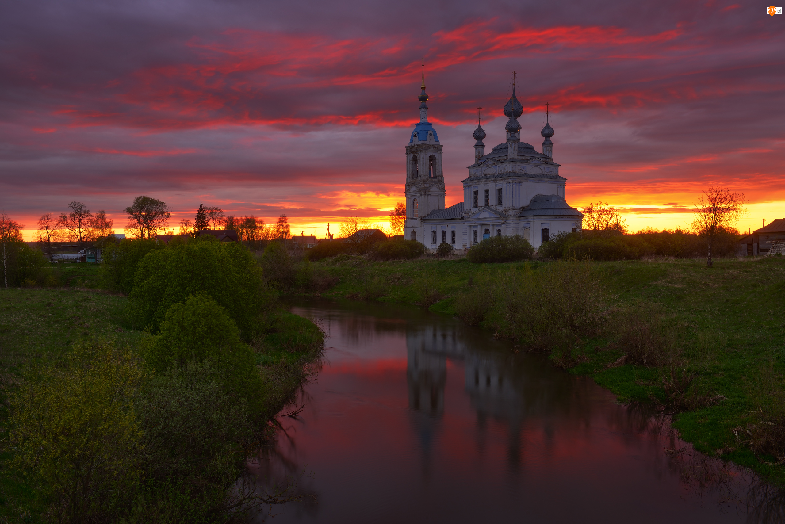 Cerkiew, Zachód słońca, Savinskoye, Rosja, Rzeka Ustya, Obwód jarosławski