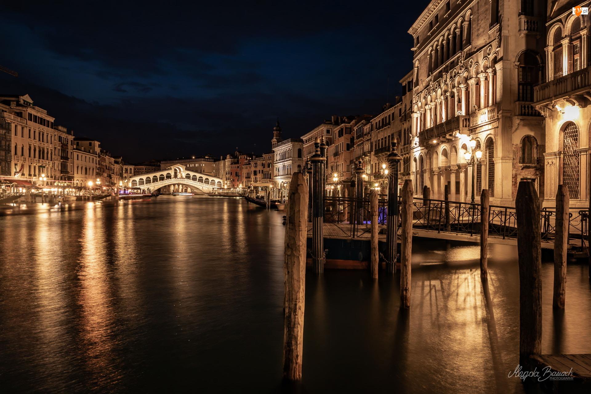Canal Grande, Noc, Most Rialto, Wenecja, Oświetlone, Kanał, Włochy, Domy