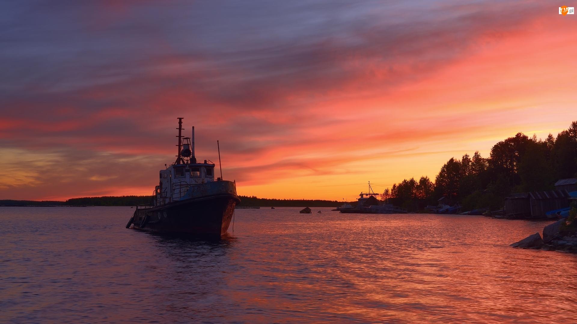 Kuter rybacki, Zachód słońca, Siegoziero, Rosja, Jezioro, Karelia