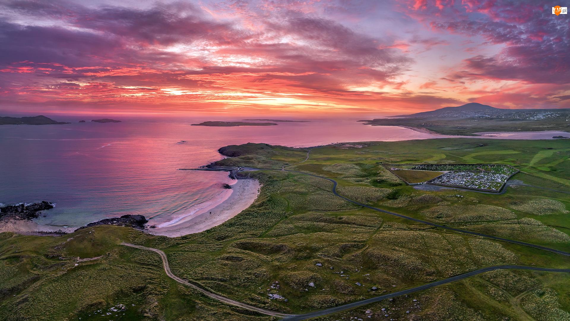 Chmury, Wybrzeże, Tra Dhearg Beach, Hrabstwo Donegal, Morze, Zachód słońca, Irlandia, Plaża