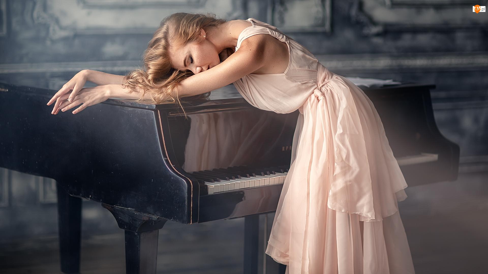 Jasnoróżowa, Fortepian, Blondynka, Kobieta, Sukienka