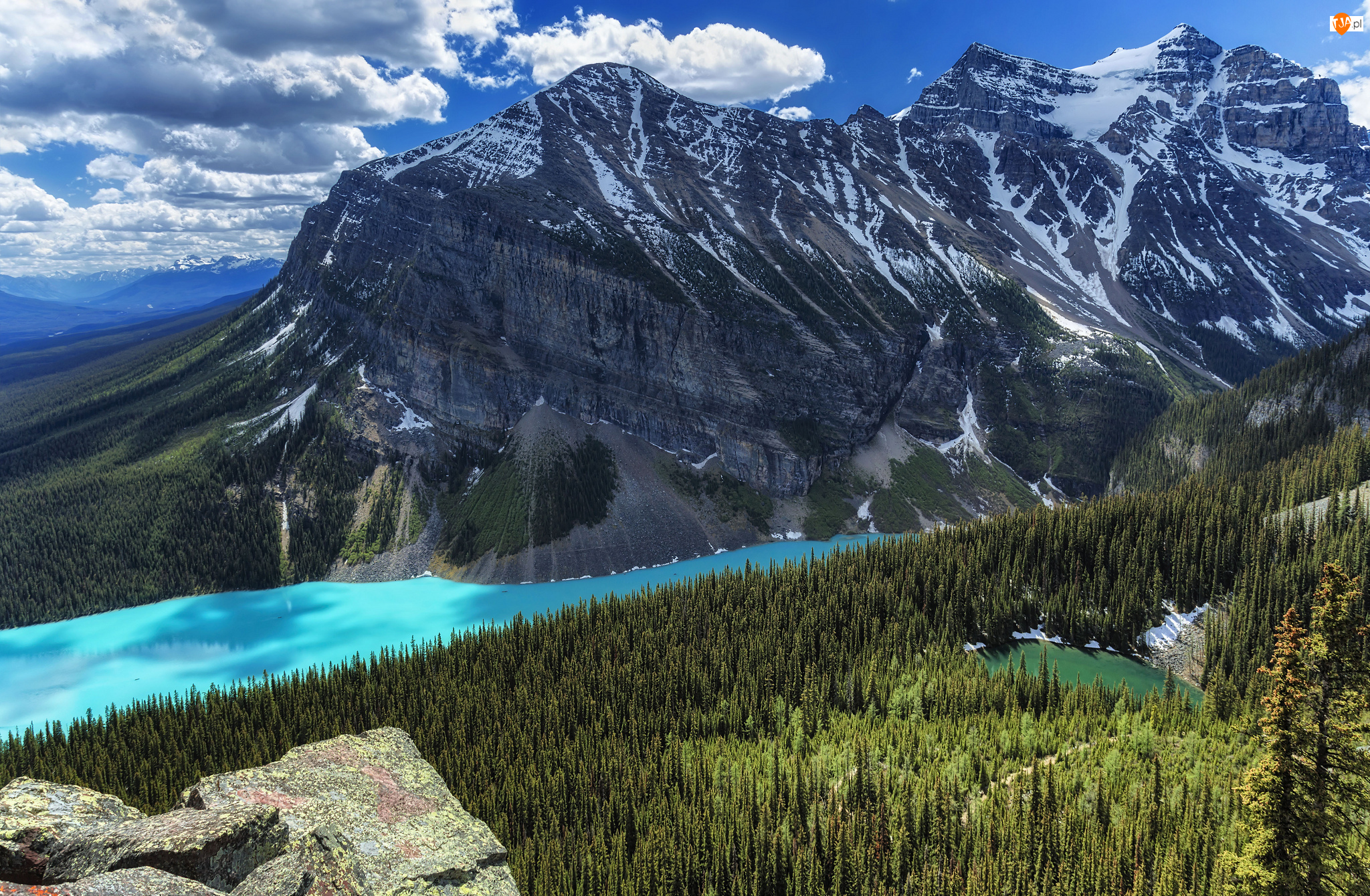 Kanada, Góry, Prowincja Alberta, Drzewa, Chmury, Fairview Mountain, Jezioro, Park Narodowy Banff, Lake Louise