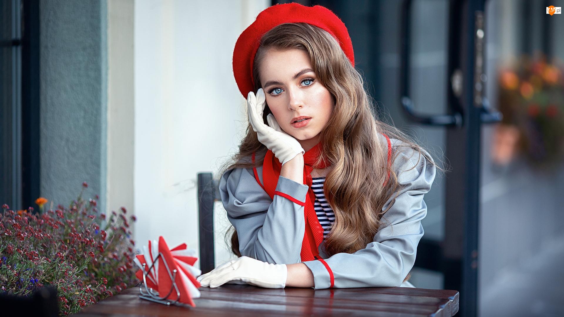 Beret, Dziewczyna, Szatynka, Czerwony
