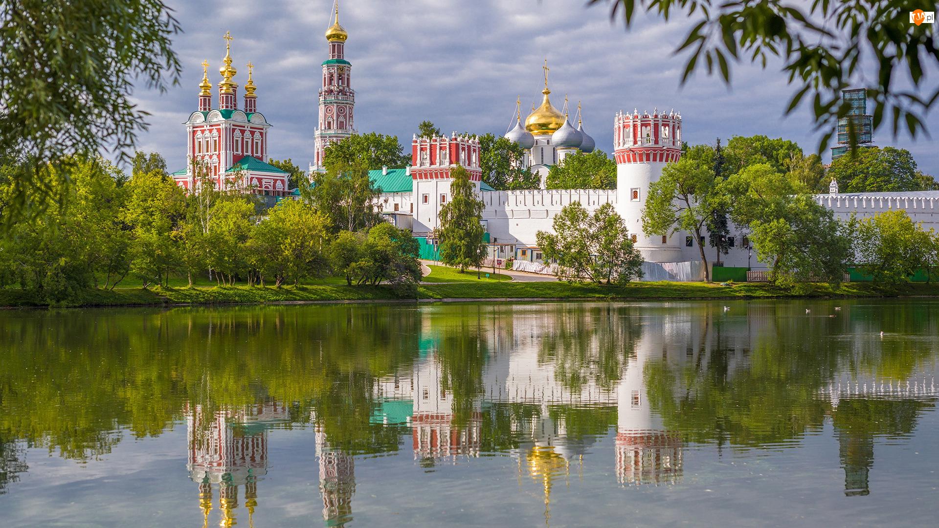 Rzeka Moskwa, Rosja, Muzeum, Kościół, Moskwa, Monaster Nowodziewiczy, Drzewa, Klasztor