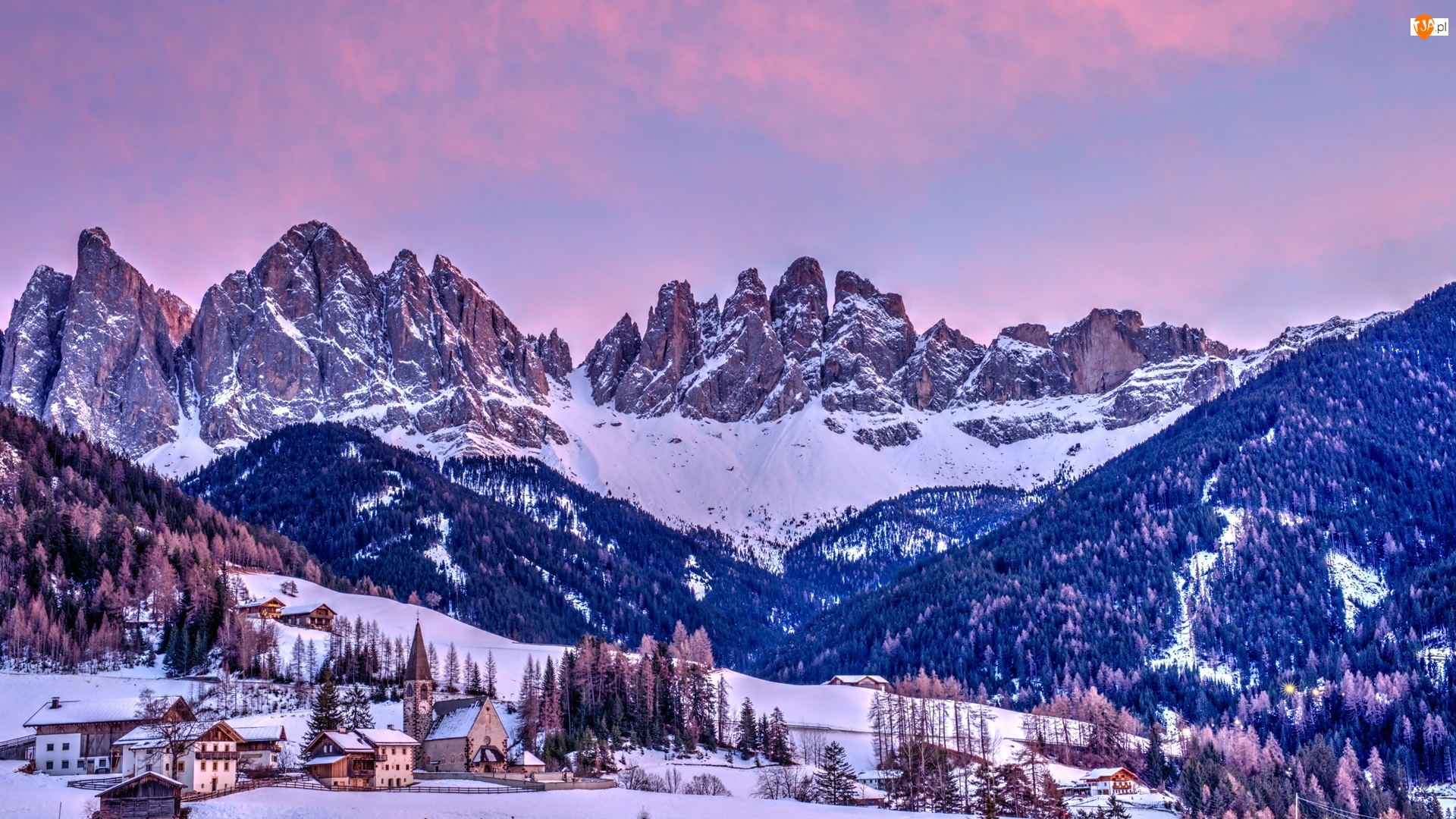 Lasy, Dolina, Dolomity, Kościół, Drzewa, Włochy, Wieś, Góry, Val di Funes, Santa Maddalena, Zima, Domy