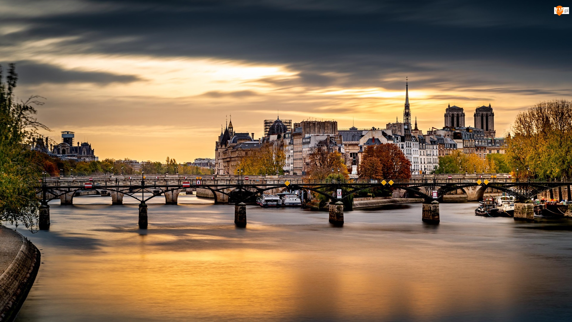 Most, Domy, Francja, Rzeka Sekwana, Paryż, Chmury, Drzewa
