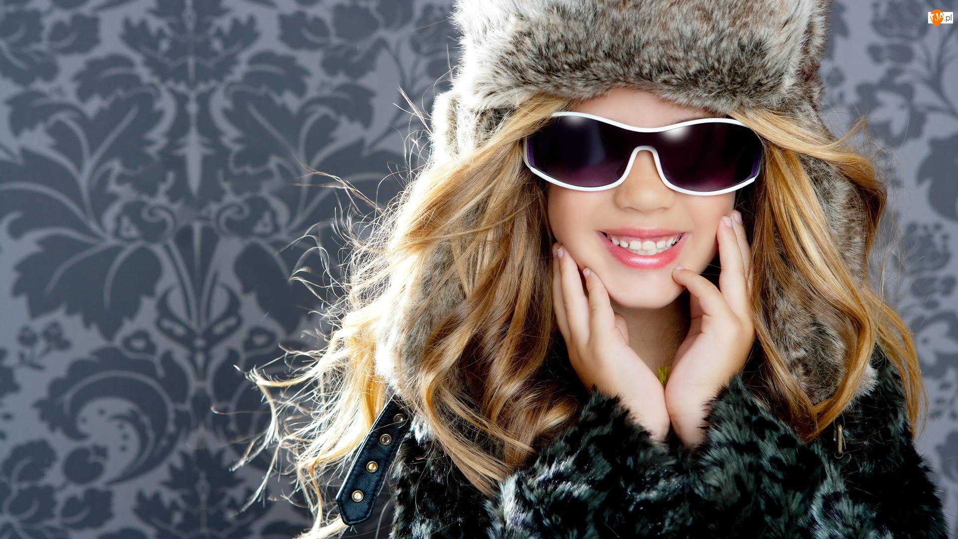 Zimowa, Dziewczynka, Futro, Przeciwsłoneczne, Czapka, Okulary