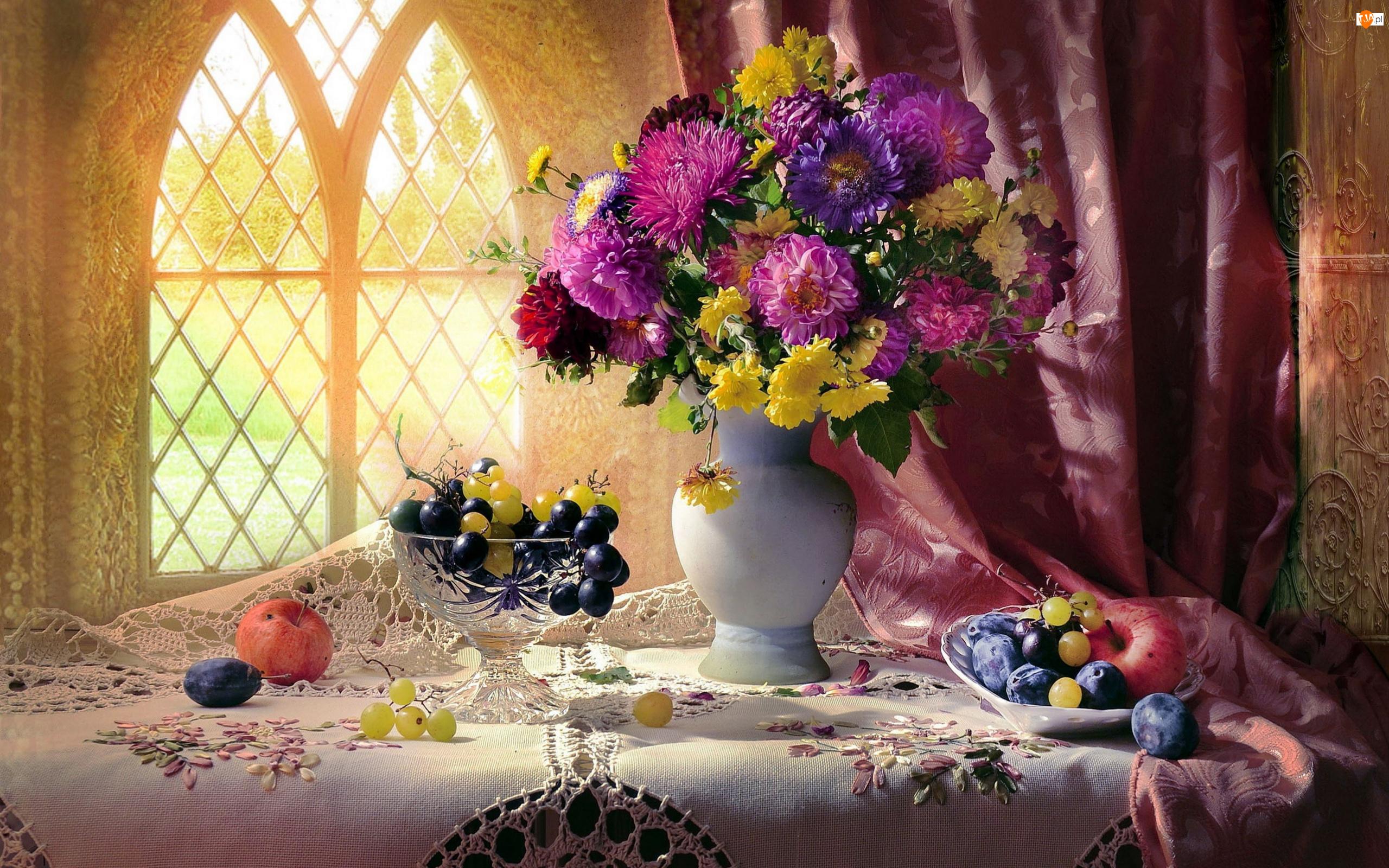 Śliwki, Bukiet, Owoce, Jabłka, Astry, Winogrona, Okno, Chryzantemy