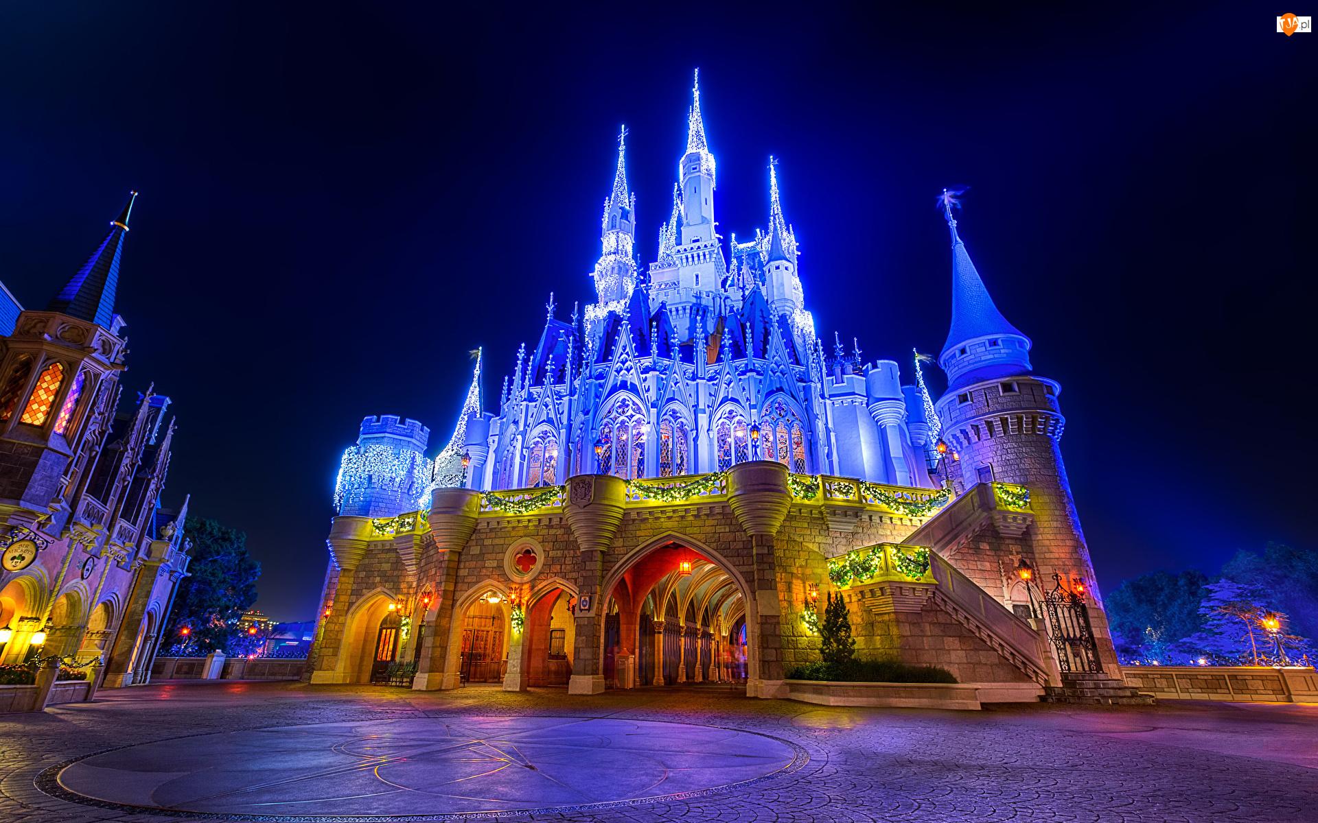 Zamek, Stan Floryda, Oświetlony, Zamek Kopciuszka, Disneyland, Miasto Bay Lake, Park rozrywki Walt Disney World, Stany Zjednoczone, Magic Kingdom