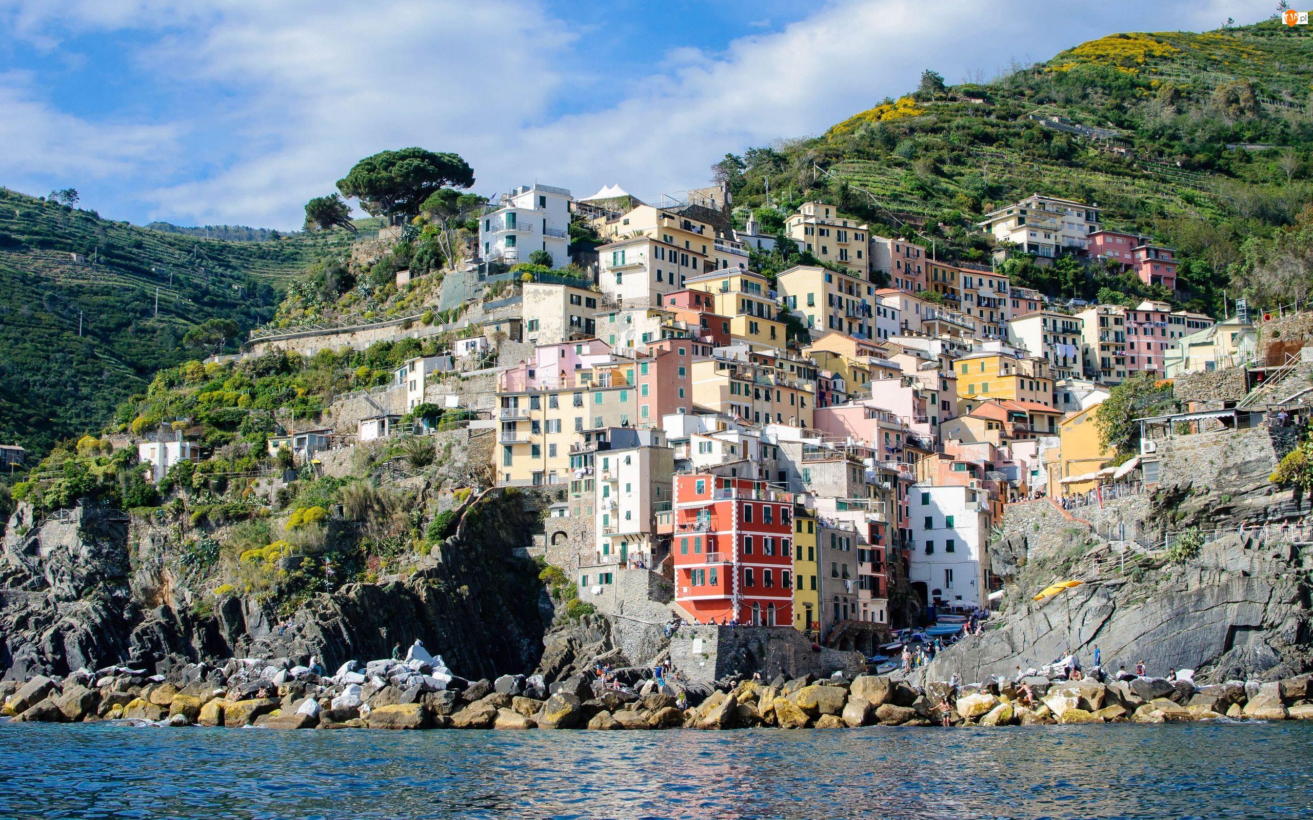 Domy, Włochy, Morze Liguryjskie, Skała, Riomaggiore