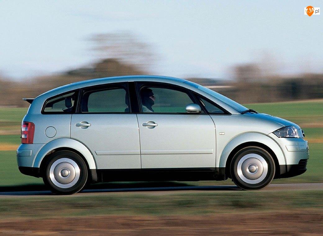 Audi A2, Prawy Profil