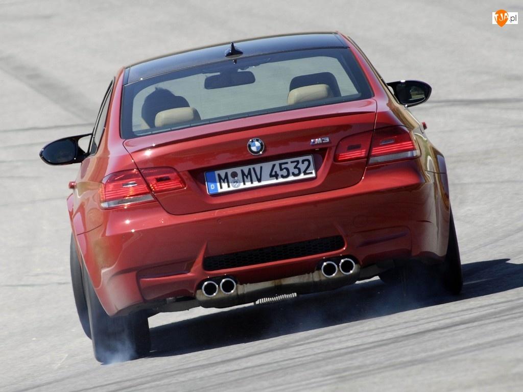 BMW M3, Gumy, E90, Palenie