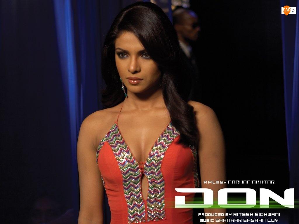 Don The Chase Begins Again, wieczorowa, Priyanka Chopra, suknia