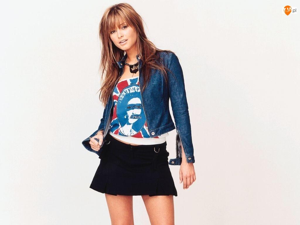 kurteczka, krótka, Holly Valance, spódnica, jeansowa, czarna