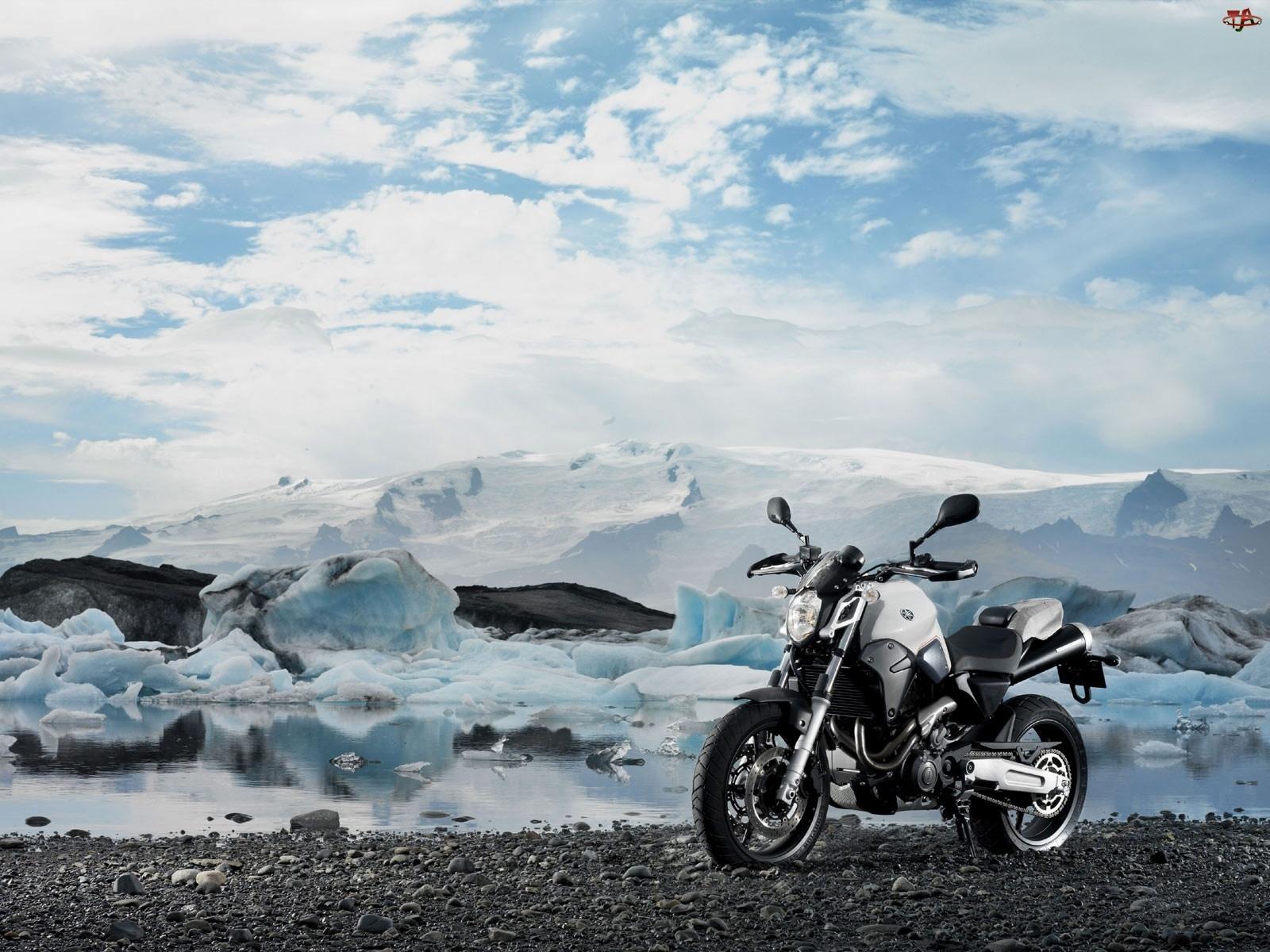 Yamaha MT-03, Miejski, Motocykl
