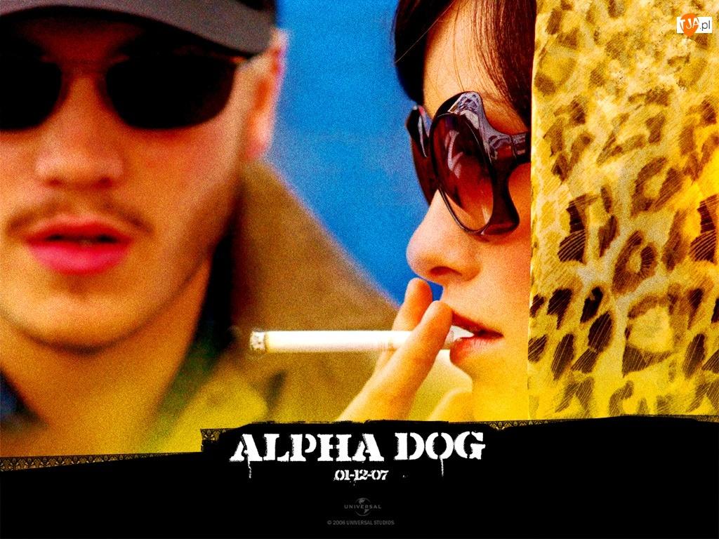 Alpha Dog, mężczyzna, kobieta, papieros