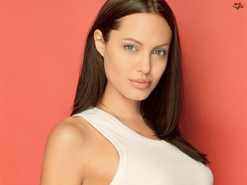 Angelina Jolie, biały top