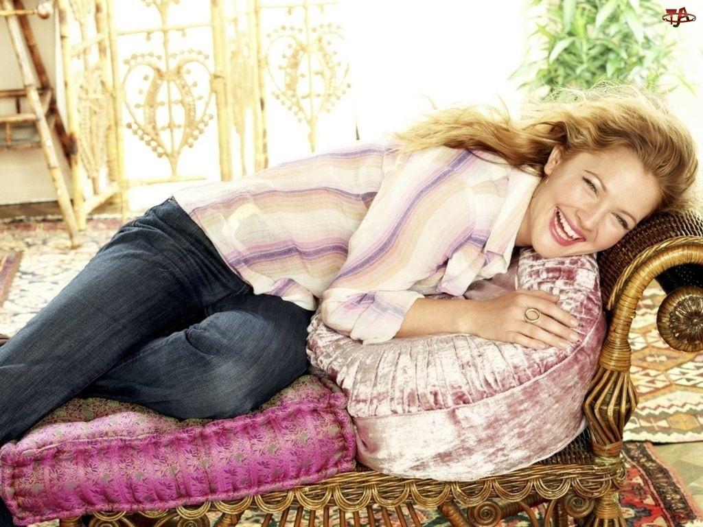 fotel, szczęśliwa, Drew Barrymore