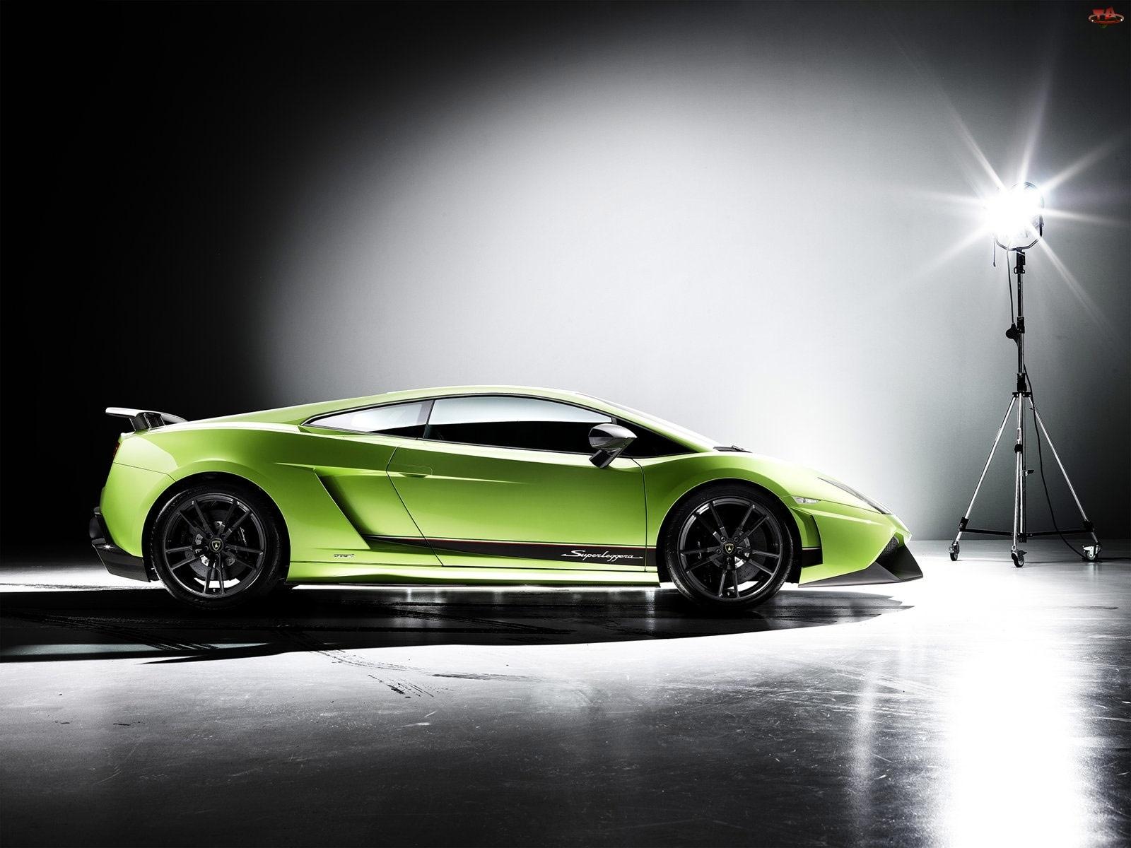 Lamborghini Gallardo, Prawa, Strona