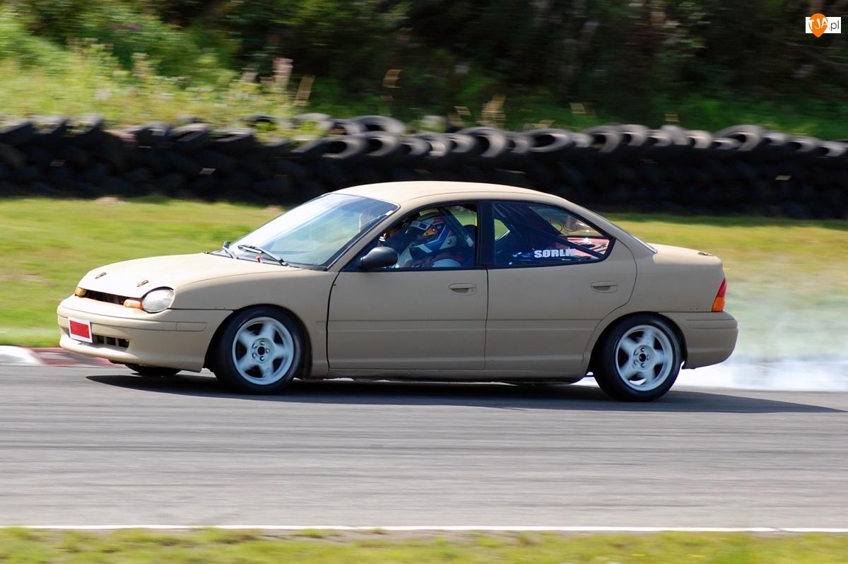 Wyścig, Chrysler Neon, Tor