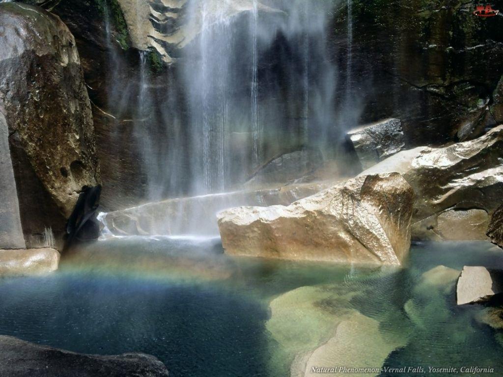Wodospad, skały