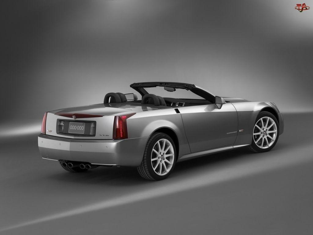 Srebrny, Cadillac XLR