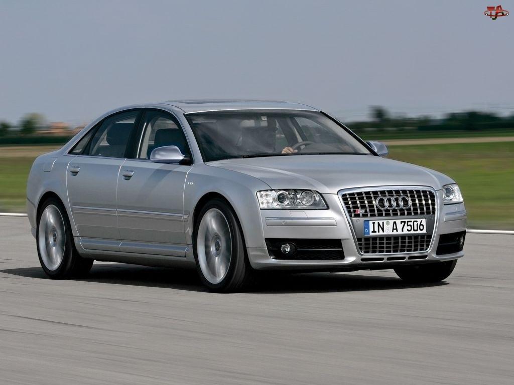 Srebrne, Audi S8